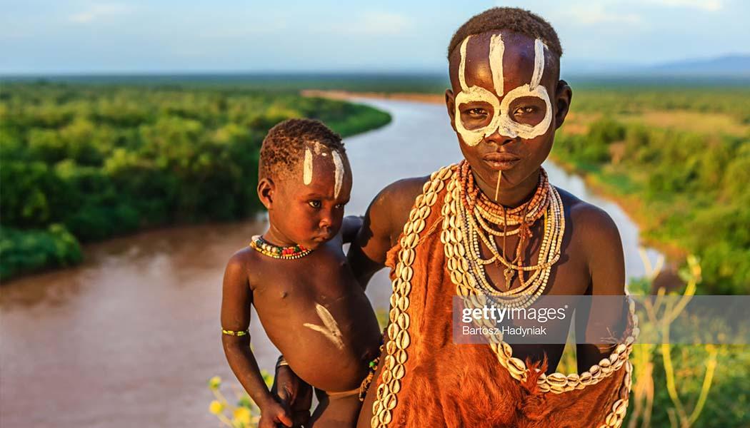 مادر و فرزند قبایل آفریقایی